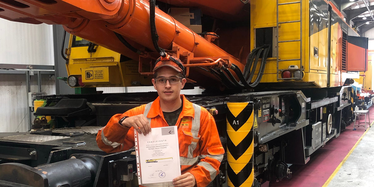 Meet Lewis: One of the UK's Youngest Crane Operators ...